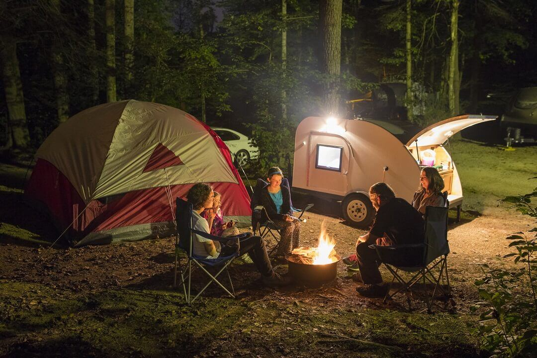 Get the Best for Your Road Trips With A Chalet A-Frame Camper 1