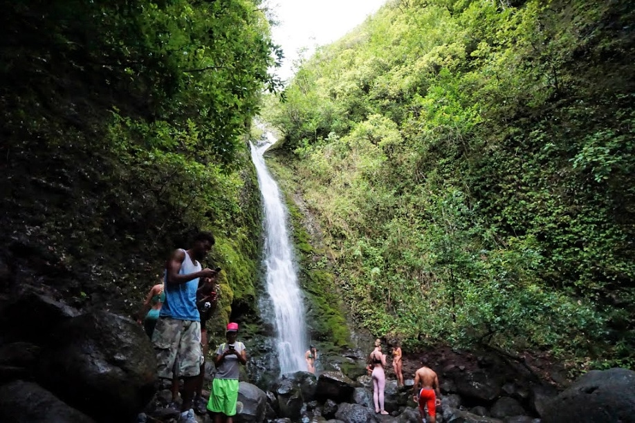 Lulumahu Falls Hike